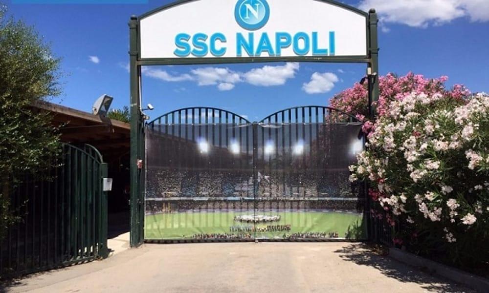Napoli, Milik si allena parzialmente con il gruppo. Insigne recuperato